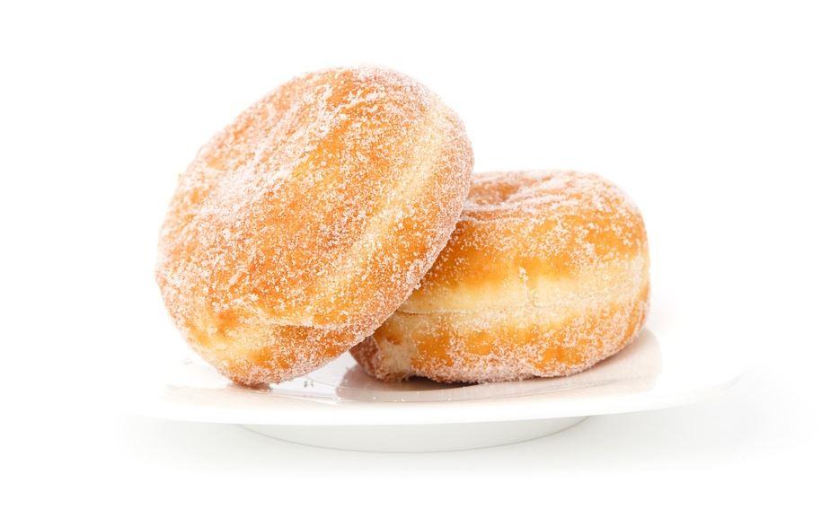 시간에 쫓기는 현대인들은 아침에 간편하게 먹을 수 있는 머핀이나 도넛, 베이글 등의 빵으로 한 끼를 때우기 쉽다. 하지만 머핀, 도넛 등 당분이 높은 빵 종류도 공복 혈당을 높일 수 있어 아침에 먹긴 적합하지 않다. 또 밀가루와 설탕량이 많이 들어있어 많이 섭취해도 허기가 빨리 져 아침부터 과식할 위험이 있다. 따라서 머핀이나 도넛처럼 튀기거나 당분이 많은 빵보다는 가급적 통곡물로 만든 빵을 섭취하되, 잼 류는 적게 발라 먹는 것이 좋다.
